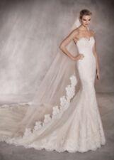 Pronovias Princia Wedding Gown Size 2