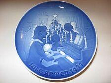 Christmas At Home Plate 1971 Bing & Grondahl B&G Danish Denmark Blue Porcelain