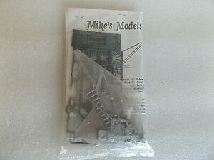 MIKES MODELS GWR CRANE TRUCK WITH LIGHT YARD CRANE KIT    OO GAUGE