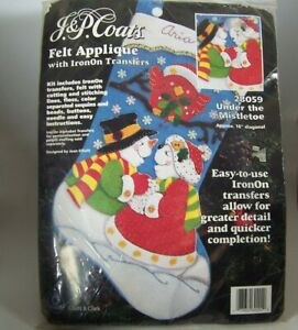 J&P Coats Christmas Stocking Under The Mistletoe Kit Snowman Kissing 28059