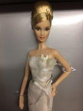 Etiqueta Platinum, Vera Wang Bridal romГЎntico Muñeca Barbie En Caja Original