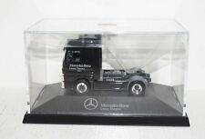 Herpa Mercedes-Benz Actros LEASE FINANZ Sondermodell 1:87 in PC + OVP (R1_3_15)