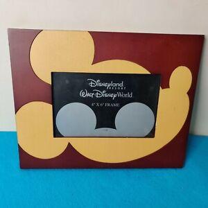 Walt Disney Disneyland Resort 4x6 Photo Frame with Micky Mouse on