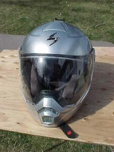 2016 SCORPION EXO-AT950 Silver Metallic Motorcycle Helmet, Size Small, Looks NEW
