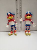 Red Robin Skating bendable PVC Figure red Lot of 2