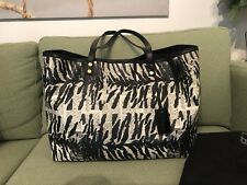L.A.M.B. Gwen Stefani Large Tote EUC Comes With Original Dust Bag