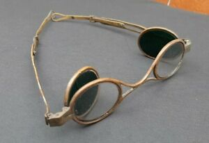 Antique 19th Century Folding Eyeglasses Spectacles Adjustable Brass Green Lenses