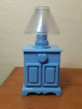 1995 Hasbro Blue dollhouse bedside table with working lamp, heart-shaped button