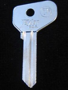 FT37 DOOR TRUNK Key Blank FERRARI 1968-95 LAMBORGHINI Countach 70-87 FIAT 67-83
