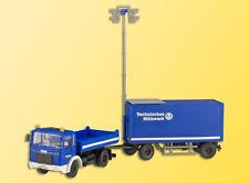 Kibri 18462 H0 LKW MAN THW Zugfahrzeug mit Flutlicht-Anhänger