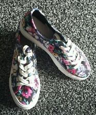 New Look Casual Floral Flats for Women