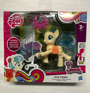 Hasbro My Little Pony Explore Equestria Miss Pommel Runaway Show + Scan & Play