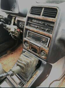 Suzuki Vitara center console set with wood imitation - Fair condition