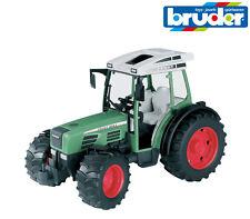 Bruder Toys 02100 Tractor Fendt 209S Dirección de Trabajo 1:16 Escala Modelo Juguete
