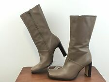 """WHITE MT. """"Turner"""" Leather Heeled Boots Side Zip Women's Size 8.5M"""
