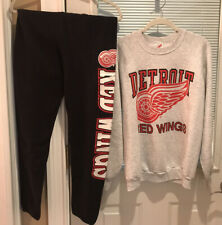 Vintage Red Wings Sweatshirt And Sweatpants