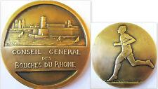 COUREUR A PIED .BRONZE 5 CM OFFERT PAR LE CONSEIL GENERAL DES  BOUCHE DU RHONE