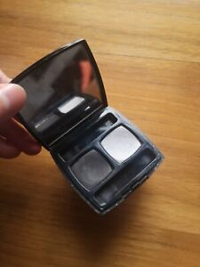 100% Authentic Chanel Eyeshadow 10 gris - subtil for smoky eye look