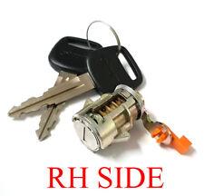Door Lock + Keys For 89-05 Toyota Hilux 4x4 SR5 4 Runner 90 91 92 93 94 95 04 RH