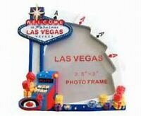 Picture Frame Las Vegas Nevada Welcome Sign 9 cm Poly Souvenir USA