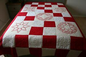 VINTAGE Red White Muslin QUILT Pretty RED Crosstitch HEARTS Florals 10-12 SPI VG