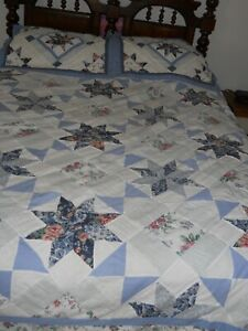 QUEEN  89 x 86 Quilted Spread & 2 standard Shams ~ Blue / White ~ Quilted design