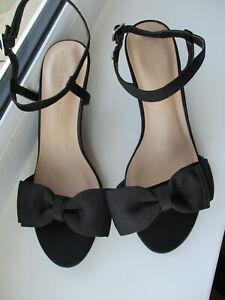 M & S Ladies NEW black dressy / evening low heeled strappy shoe U.K. 6 (EUR39)