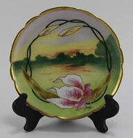 Beautiful Limoges Plate Hand Painted with Lilies - Signed Barin - Mavaleix, Mand