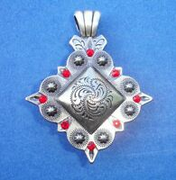 """Western Cowgirl Jewelry Square Antique Silver Crystal 1 1/2"""" Concho Pendant Kit"""