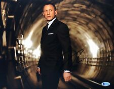 Daniel Craig Signed 'James Bond' 11x14 Photo *Casino Royale/Skyfall/Spectre BAS