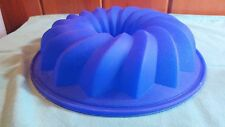 Lekue Bundt Cake Pan Silicone Mold Baking Ring Round Blue
