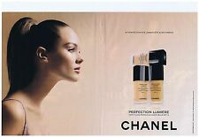 PUBLICITE ADVERTISING 114 2011 CHANEL perfection  lumière (2 pages)
