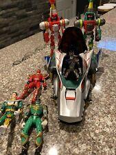 Power Rangers Lot Figures Wild Force Vehicle ??
