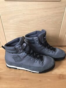 The North Face Hydroseal Size 9 Gents Walking Boots Worn Twice