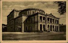Karlsruhe s/w Ansichtskarte 1928 gelaufen Straßenpartie am Hoftheater Theater