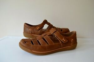 """CLARKS """"UN HAVEN COVE"""" TAN LEATHER """"FISHERMAN STYLE"""" COMFORT SHOES UK 8 WIDE FIT"""