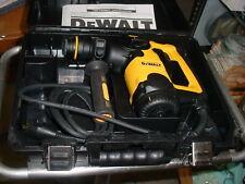 Dewalt Heavy Duty Rotary Hammer Drill D25313