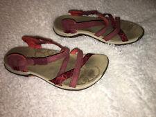 Womens Size 7 Merrell Sandals