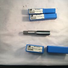 Union Butterfield Hand Tap 22x1.50 Metric right Finish Plug D6 4 Fl (1 Tap) 1354
