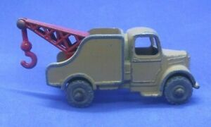 Matchbox 1-75 - 13A Bedford Recovery Truck - Original with Repro hook (MB258)