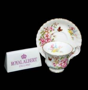 Vintage Royal Albert Country Life series pretty flowers & butterfly teacup trio