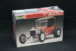 "Revell ''T"" BUCKET 1:25 Scale Vintage Model Kit Open Box NICE"