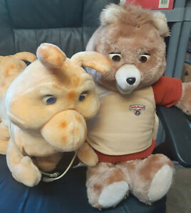 Teddy Ruxpin and Grubby Dolls and a total of 6 books with matching tapes!