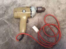 Decker Vintage Una Sola Velocidad Black & Taladro.. DNJ250... 240 V.. completamente en funcionamiento