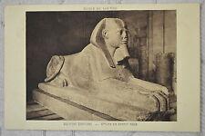 """CPA """" Musée du LOUVRE - Scultures Egyptienne - Sphinx en granit rose"""