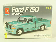 AMT Model Kit Ford F-150 Short Box 1:25 Scale Open Complete