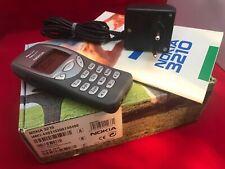 Nokia 3210 komplett in OVP - super Sammlerzustand komplett mit Zubehörpaket