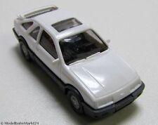 WIKING Ford Sierra weiß Maßstab 1:87 - neuwertig