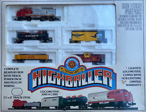 n scale High Baller complete train set Locomotive Freight Cars Power Pack Track