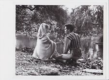 1965 ELVIS PRESLEY HARUM SCARUM ORIGINAL 8X10 MOVIE PHOTO W/ MARY ANN MOBLEY (A)